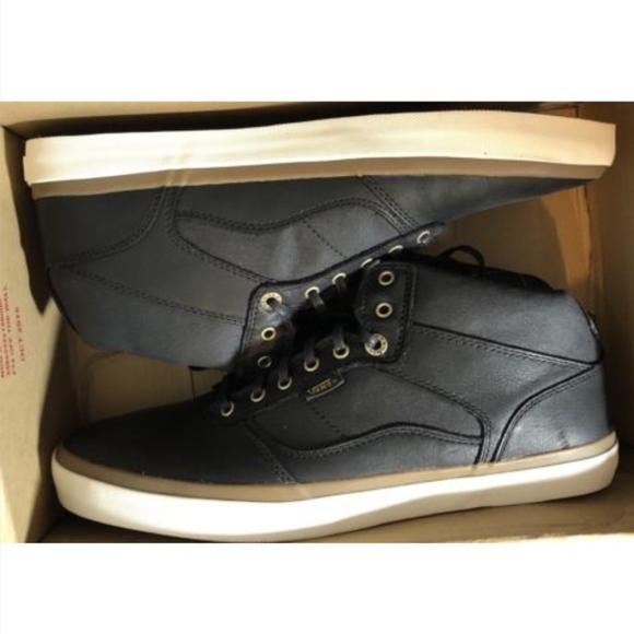 8f2dd0927b0b99 Vans Bedford Nubuck Plaid Black White Classic Shoe
